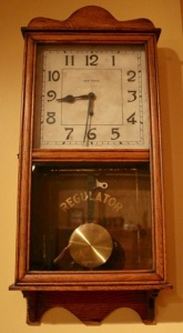 Post 33 Wind Up Clock