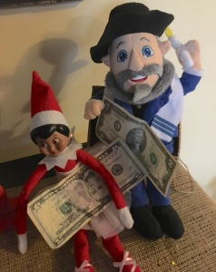 Post 39 Elf and Mensch with Money