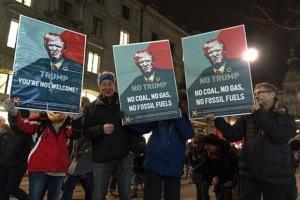 trumpprotests1-kzbF--621x414@LiveMint